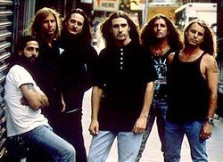 SAVATAGE image groupe band picture