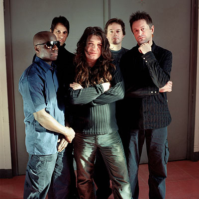 THRESHOLD image groupe band picture