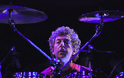 SIMON PHILLIPS image groupe band picture